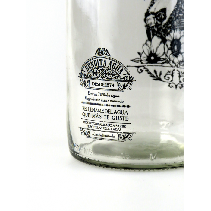 botella vintage bendita agua – cascanueces